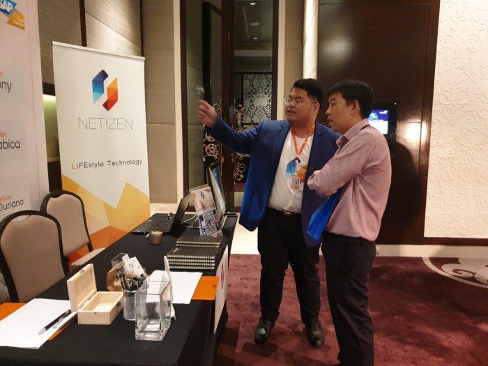 ทีม Business Solution แนะนำภาพรวมโซลูชันของ Netizen ที่เหมาะสมกับธุรกิจ ให้กับผู้สนใจภายในงาน
