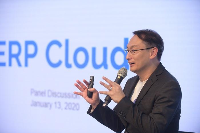 การปฏิวัติวงการ ERP บน Cloud ด้วยนวัตกรรมใหม่ Netizen.cloud โดยคุณเสรี สาธุกิจชัย Cloud Specialist, Netizen