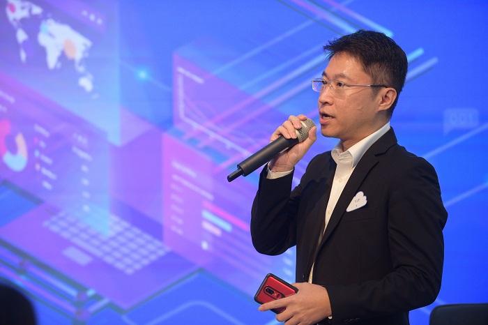 คุณธีระ กิตติธีระพรชัย Green World Media Thailand ร่วมกับ Netizen นำทัพเทคโนโลยีไอที ERP สำหรับธุรกิจ SME เข้าสู่ตลาด EXPO
